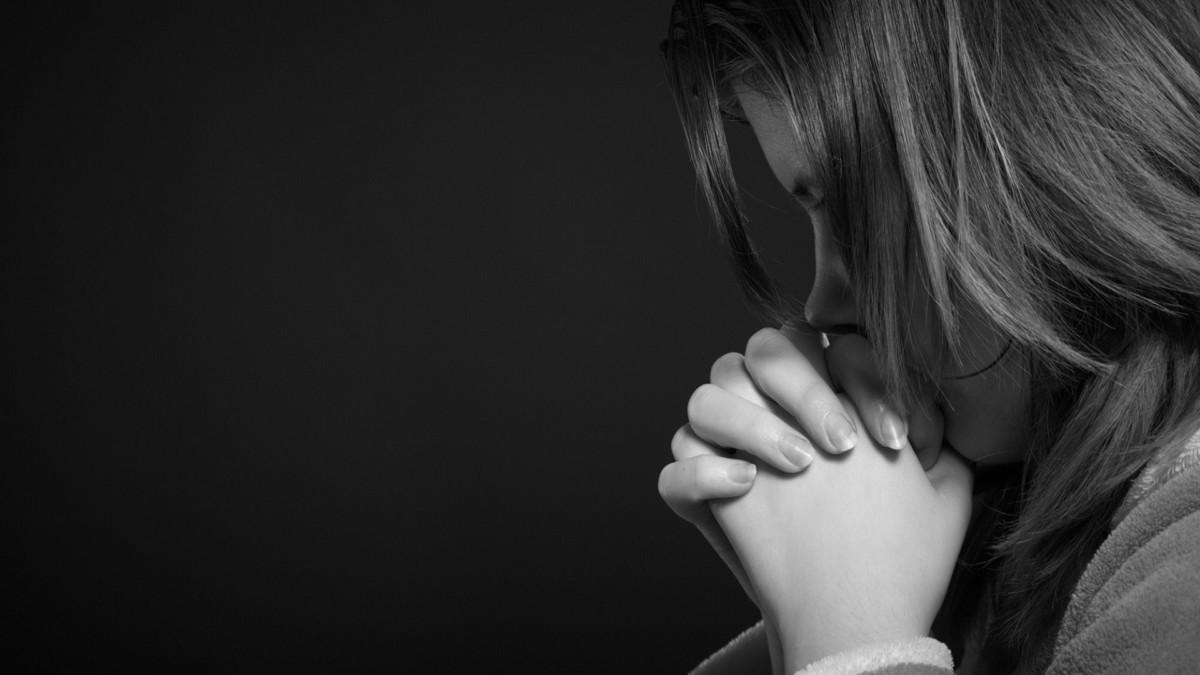 Sad Full Of Tears Wallpapers - Sad Girl Black Background, Download ...