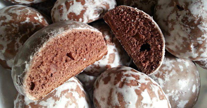 Шоколадные пряники в сахарной глазури