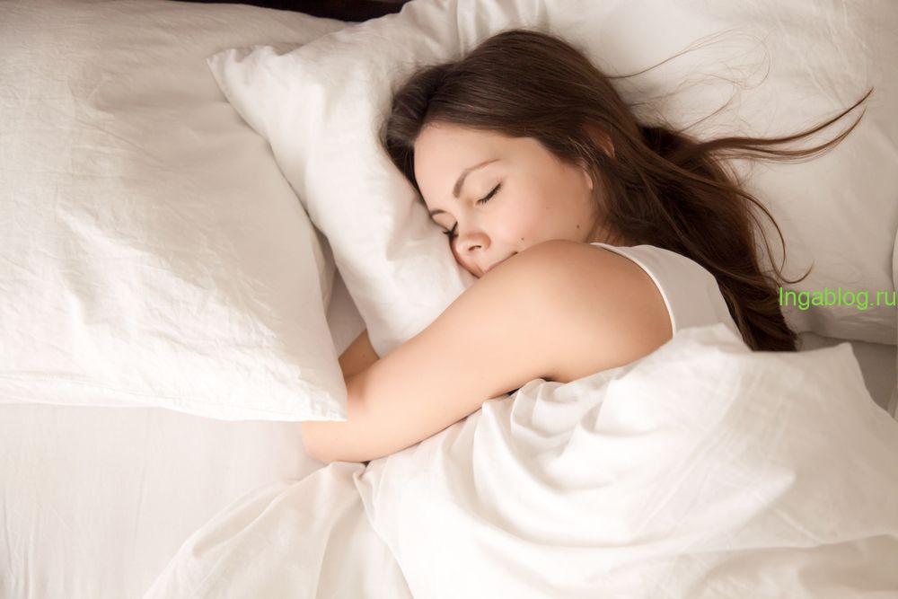 4 вещи, которые никогда не нужно делать перед сном   Блог Medical ...