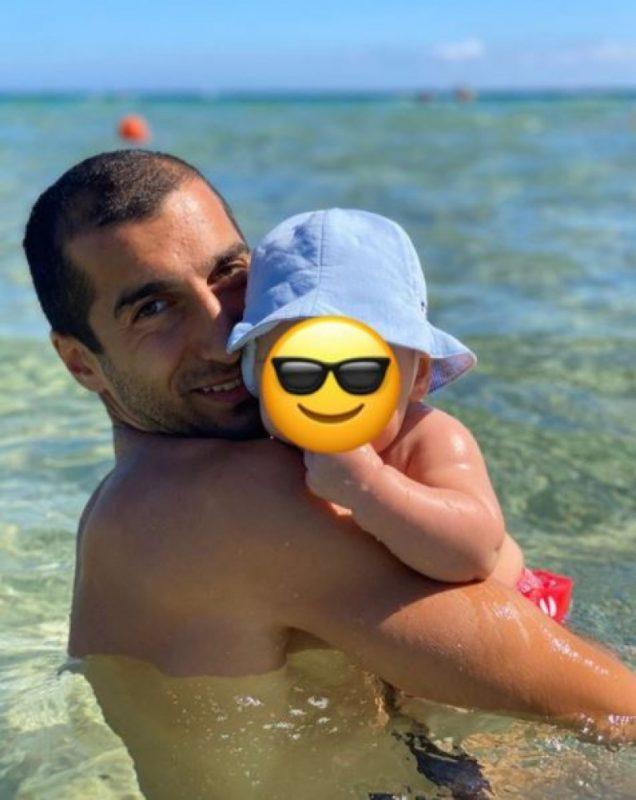 ՖՈՏՈ. Հենրիխ Մխիթարյանն իր փոքրիկի հետ լուսանկար է հրապարակել